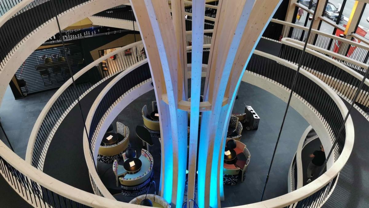 Le magnifique atrium d'EXPLORiT.