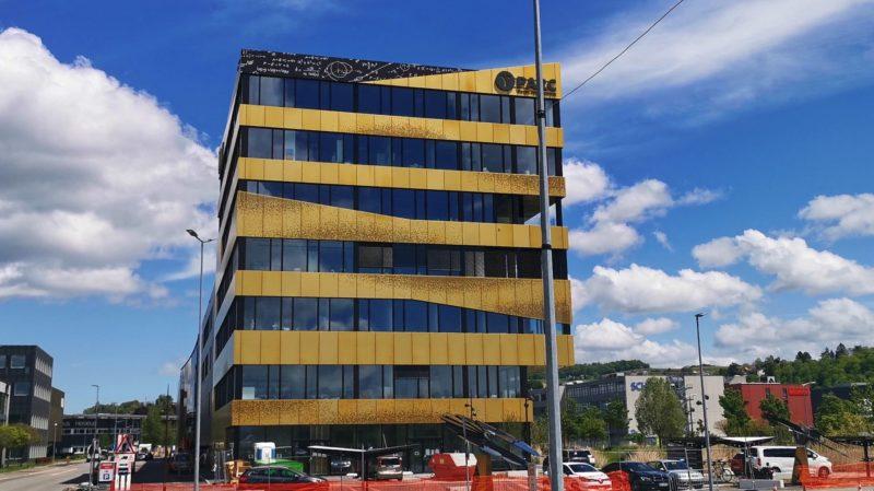 EXPLORiT est un bâtiment qui propose des services professionnels