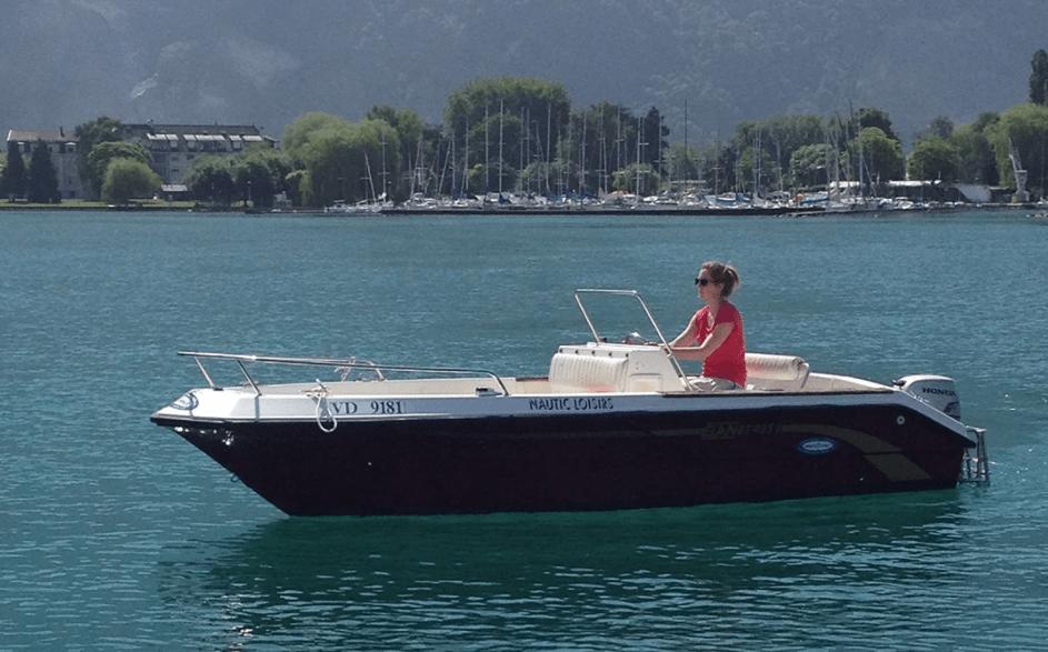 Un bateau de 8 chevaux ne nécessitant pas de permis.