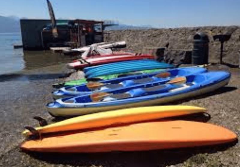 Le paddle Center Lutry se trouve à la plage de la localité.